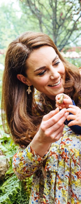 Accessorize Polly Petal Drop Earrings as seen on Kate Middleton, The Duchess of Cambridge.