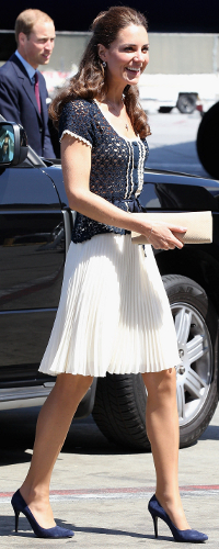 Whistles 'Lina' Ivory Dobby Pleated Skirt as seen on Kate Middleton, The Duchess of Cambridge.