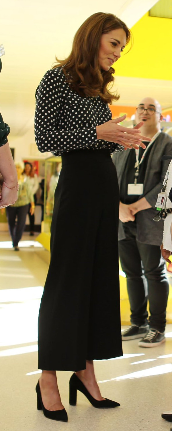 Zara Black Culottes as seen on Kate Middleton, The Duchess of Cambridge.